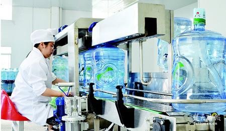桶装饮用水对生产人员所必备的要求(五)