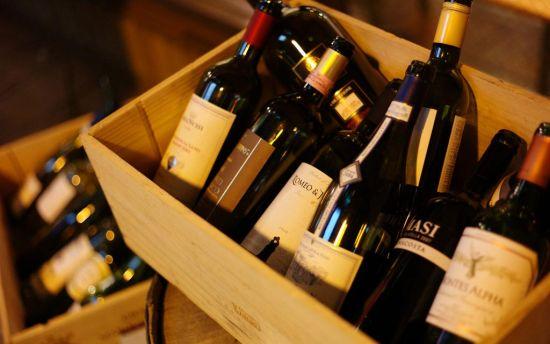 中法联手清理山寨葡萄酒 治理山寨